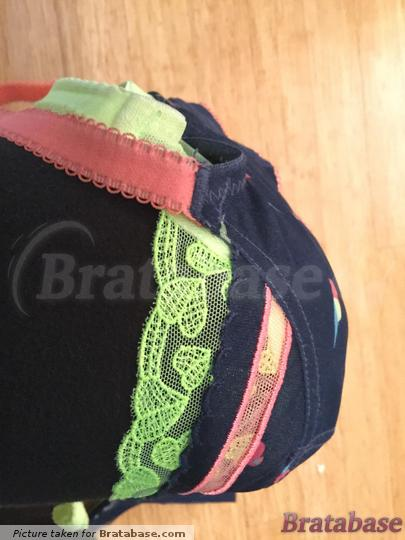Lily parrot 30 F on top of Kali neon 30 F | 30F - Cleo » Kali Balconnet Bra (7561)