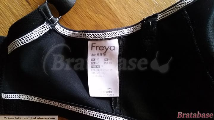 | 30F - Freya Active » Moulded Sports Bra (4892)
