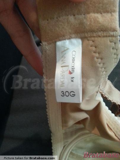 AP size is shown, but not the equivalent Comexim size, although Comexim manufactures the bras.   30G - Anna Pardal For Comexim » Caramel Latte Nuance Plunge