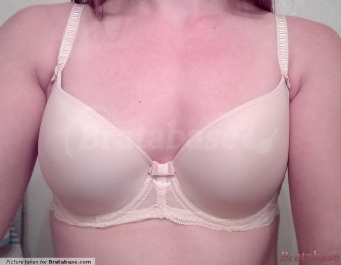 No gaps, looks ok....but see other pics | 30DD - Fantasie » Zoe Moulded Plunge Balcony Bra (9261)