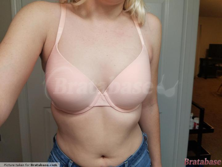 | 32DD - Victoria's Secret » Semi-demi Uplift T-shirt Bra (315-75