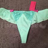 size 38 thong