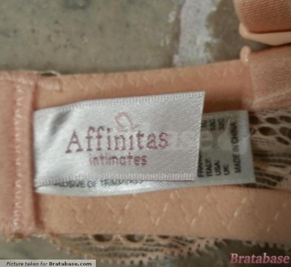   32C - Affinitas Intimates » Nicole T-shirt Bra (131)