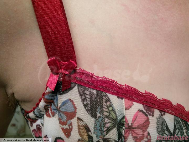 Lovely details | 65J - Comexim » Papillon Two Seam Half Cup (TWO-SEAMTHREE-PART)
