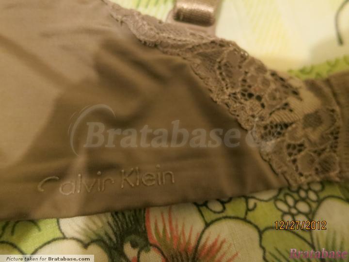Band detailing   32DD - Calvin Klein » Seductive Comfort Convertible Contour (F3