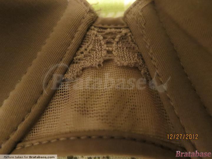 Center gore details   32DD - Calvin Klein » Seductive Comfort Convertible Contour (F3