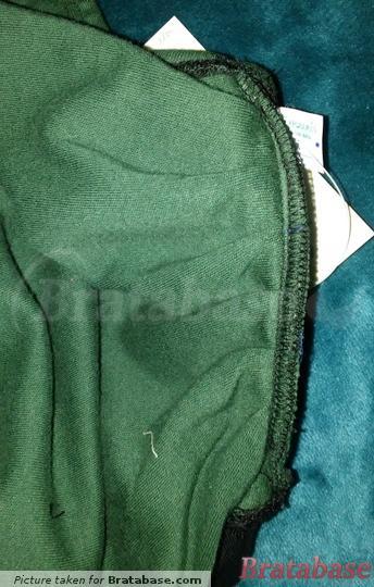 Pleated for depth | 26M - Decent Exposures » Original Un-bra Scoop Back (110)