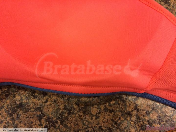 Crease in bottom of cups after wearing | 30E - Panache Sport » Non Wired Sports Bra (7341)