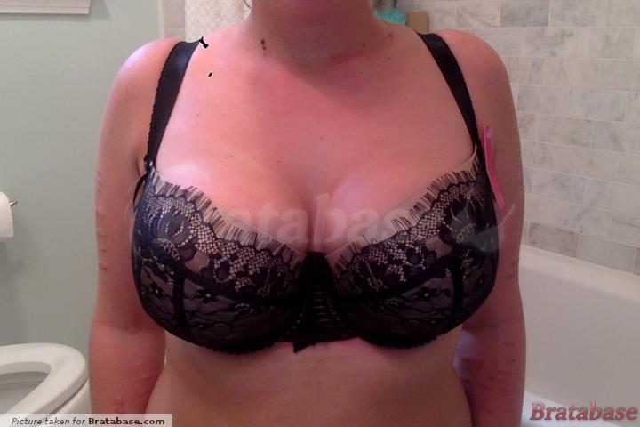 Bra with pads out (NOT how I normally wear S cut bras) | 70JJ - Ewa Michalak » S Magique (834)