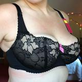the wire mark is from my panache sport, look how low it rides after a few hours! This bra looks nice though!
